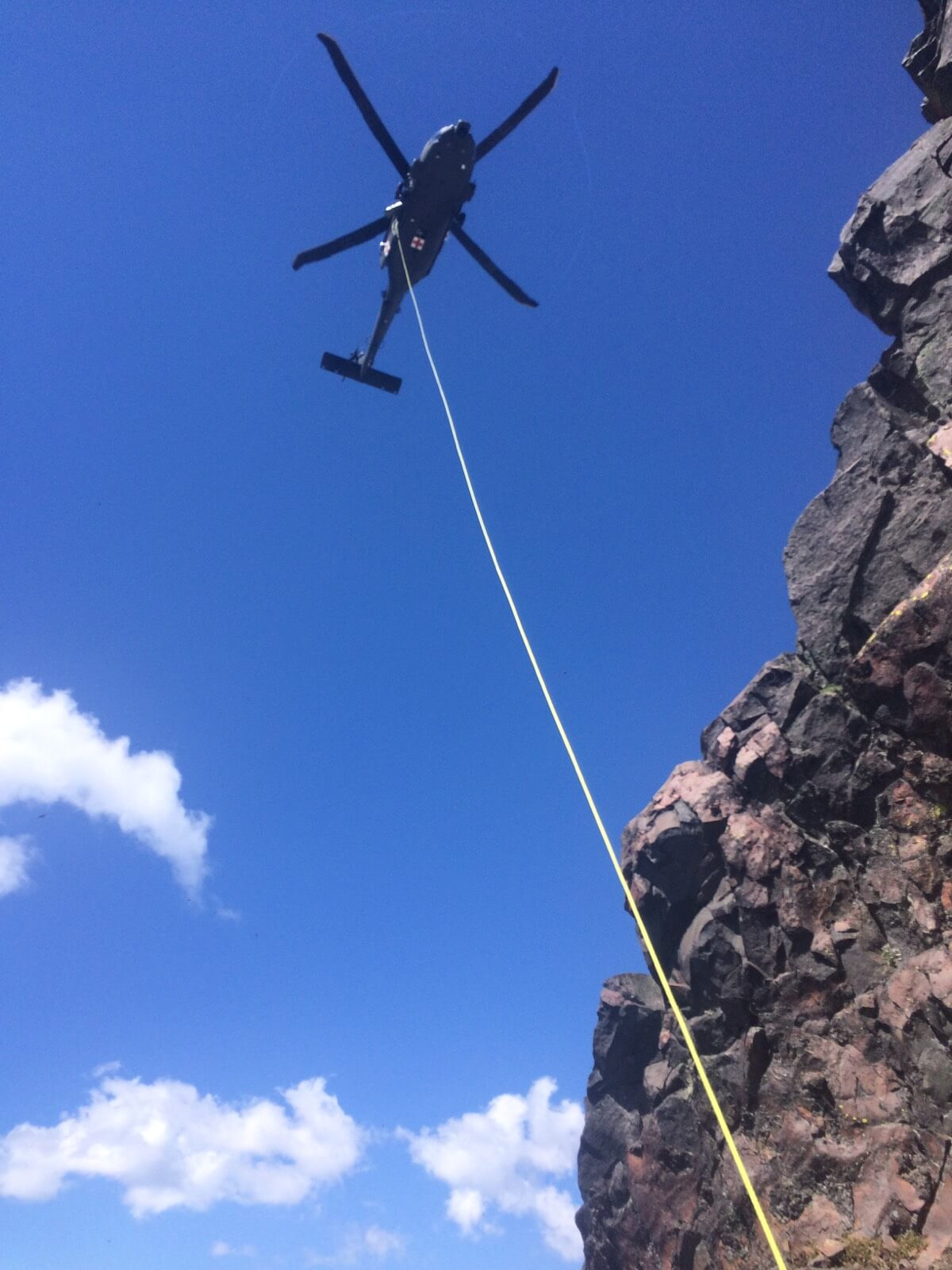 CLIMBER RESCUED FROM BROKEN TOP SUMMIT AFTER FALL