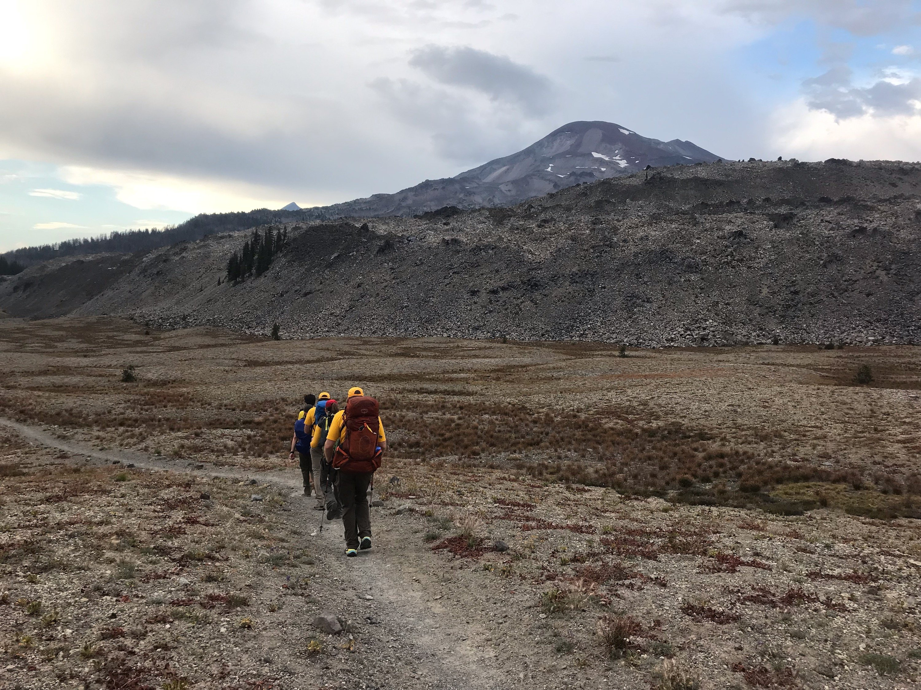 INJURED PACIFIC CREST TRAIL HIKER RESCUED
