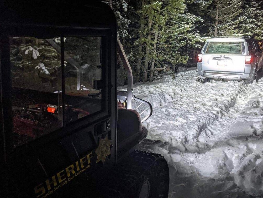 STUCK MOTORISTS RESCUED FROM NEAR TAGHUM BUTTE
