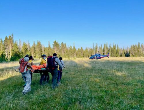 DESCHUTES COUNTY SHERIFF'S OFFICE SEARCH AND RESCUE ASSIST INJURED MT. BIKER ON SWAMPY LAKES TRAIL