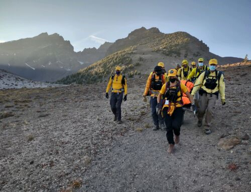 INJURED HIKER ASSISTED BY DESCHUTES COUNTY SHERIFF'S OFFICE SEARCH AND RESCUE